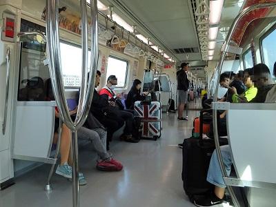桃園空港から台北までのMRT(電車)でのアクセス