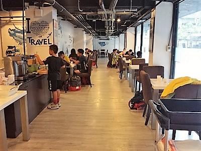 台北のホテルファンリンセンの朝食会場