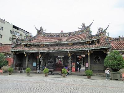 大龍峒保安宮と隣聖苑(保安宮花園)の見どころ