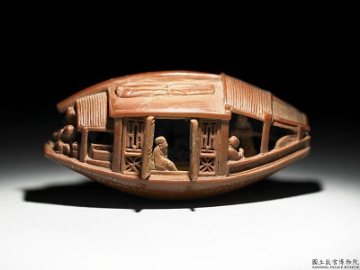 故宮博物院のオリーブの種(雕橄欖核舟)