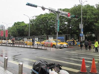 台北駅から故宮博物院へのタクシー