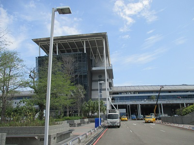 台中駅から彩虹眷村までのバスの行き方