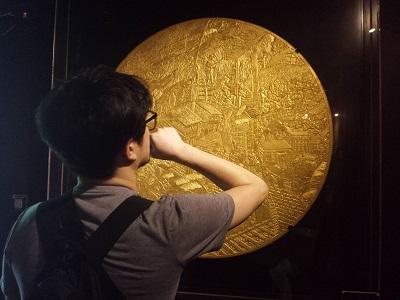 黄金博物館の黄金館