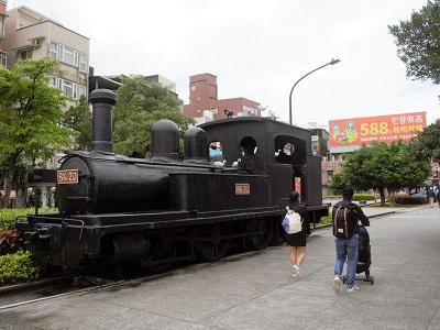 淡水観光スポットの蒸気機関車