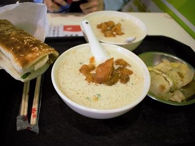有名な阜杭豆漿(フーハン・ドゥジャン)を食べた感想