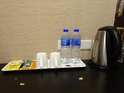 ホテルファンリンセン(趣旅館-林森館)のペットボトルサービス