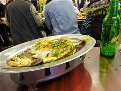 鮮定味生猛海鮮(錦州街店)の蒸し魚1
