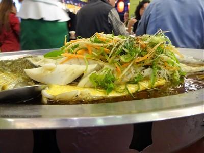 有名な台湾居酒屋の鮮定味生猛海鮮(錦州街店)