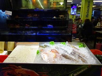 鮮定味生猛海鮮(錦州街店)のいけす