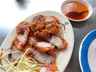 華西街鹹粥店の紅焼肉(揚げ豚肉)