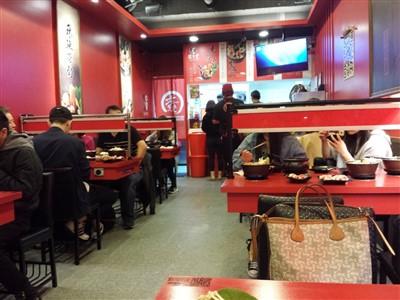 老先覺麻辣窯燒鍋台北農安店の店内