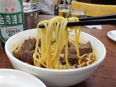 永康牛肉麺の紅焼牛肉麺2